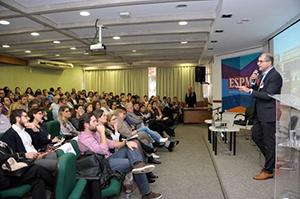 Ricardo Gandour, Jornalista, Consultor  em  mídias digitais e Prof. ESPM.