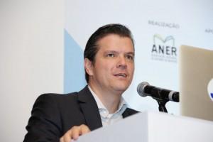Presidente da ANER – Fábio Petrossi Gallo