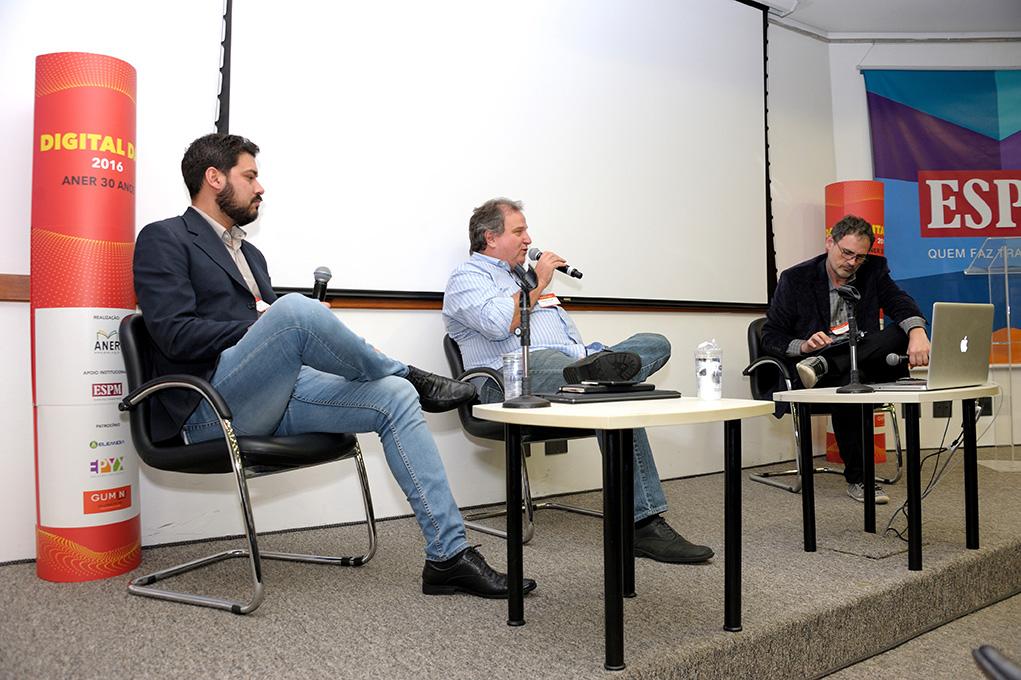 da esq p  direita - Cristiano Santos, Social Media, Inovação Digita, Editora Globo e Alexandre Maron , Dir Inovação Digital Editora Globo